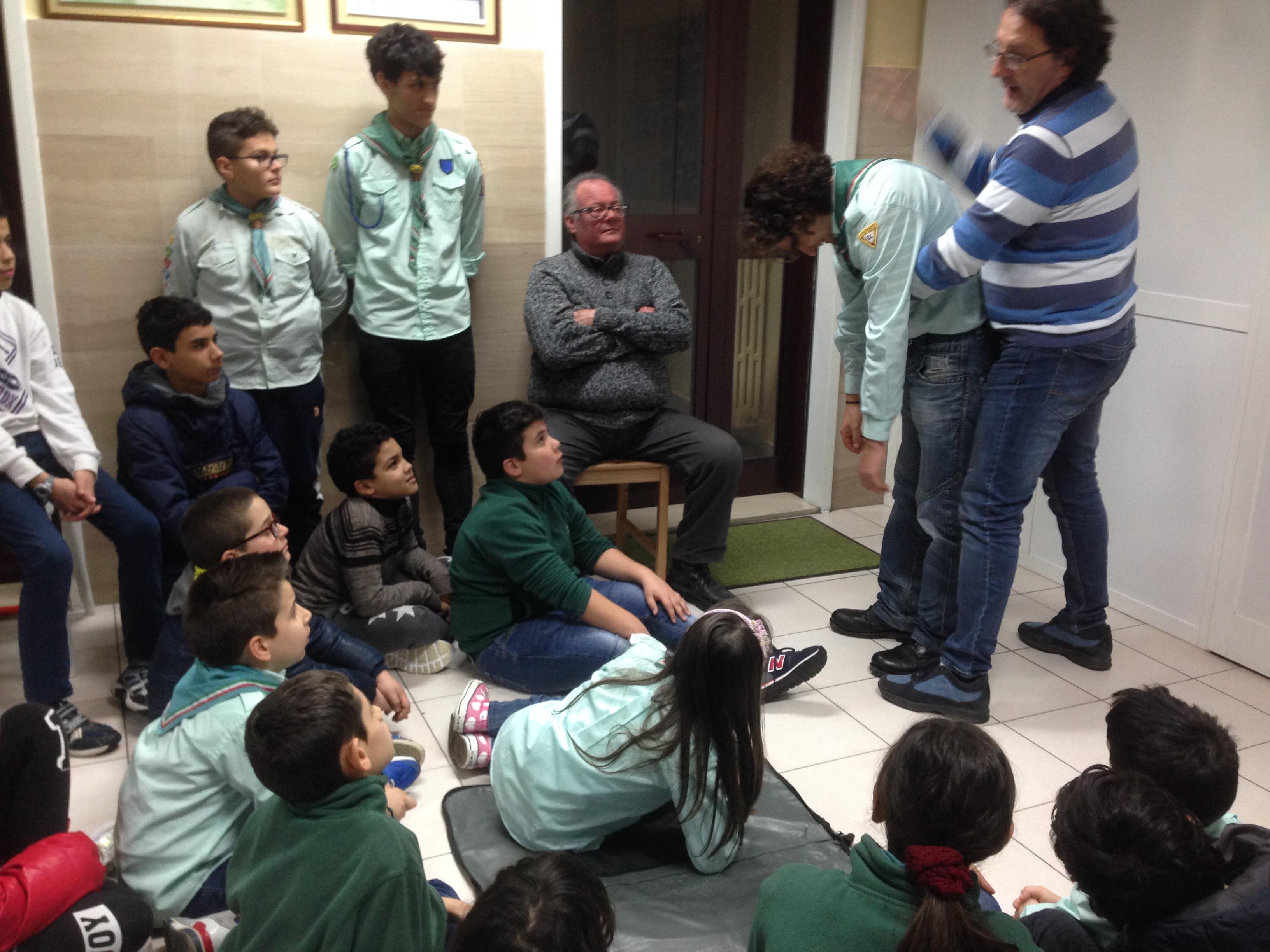 """A Scuola  Di """"primo Intervento"""" Per I Bambini Del Progetto Di ADRA Gravina In Puglia"""