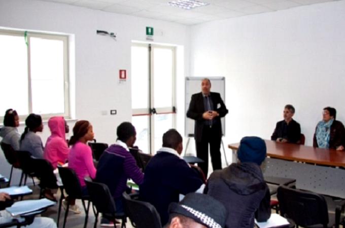 Corso Di Italiano A Ragusa: La Voce Di Una Volontaria
