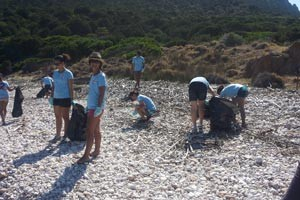 sfoglia la gallery Attività ambientale svolta sull'isola di Tavolara